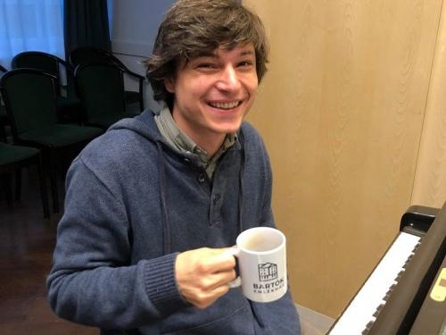 2019.10.19. AZ ÚJ GENERÁCIÓ_PALOJTAY JÁNOS zongoraestje